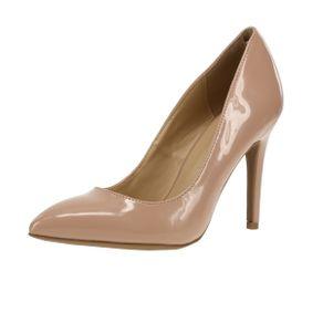 Mujer-ZapatosCerrados_MujerWildDivaLoungeAKIRA-09PATENT_Crema_1.jpg
